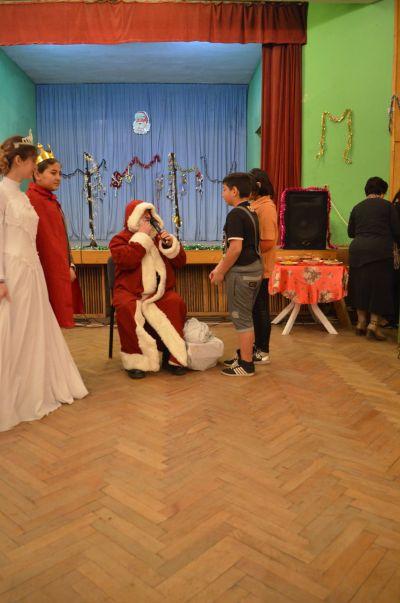 Коледа - ОУ Бачо Киро - Бяла черква